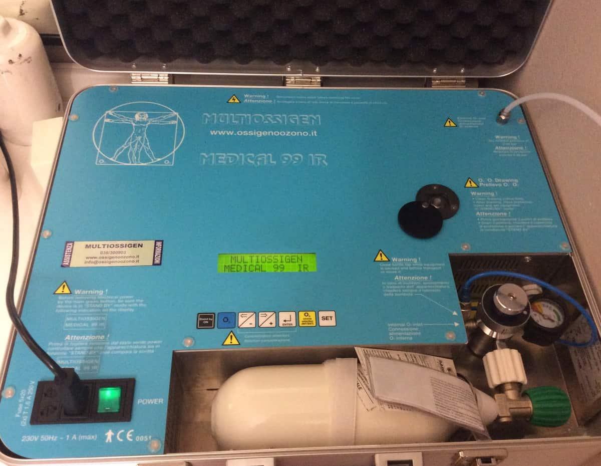 Il macchinario utilizzato per l ossigeno ozono terapia